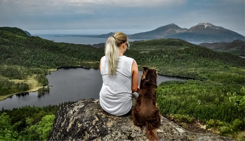 Wil jij er echt voor je hond kunnen zijn? Dan zal je eerst aan jezelf moeten denken door goed voor jezelf te zorgen.